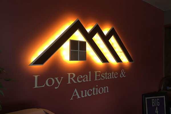 Loy Real Estate & Auction